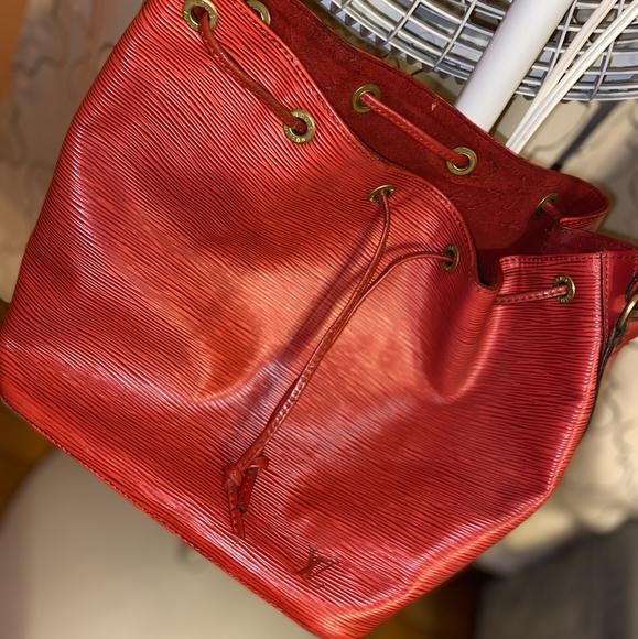 Louis Vuitton Epi North Bag